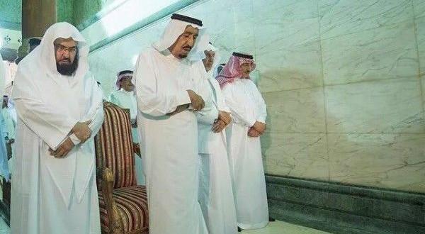 توهین به بیت الله شریف توسط پادشاه سعودی ملک سلمان+ تصویر